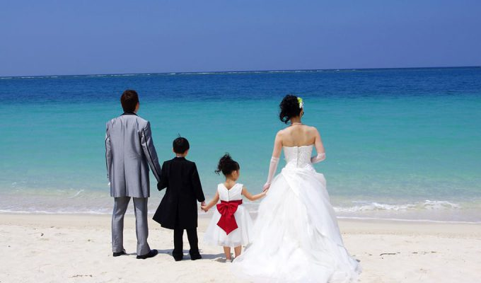 お子様と一緒に沖縄で結婚式!観光も充実の2泊3日間